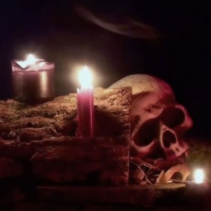 Halloween Ghoul Log